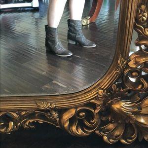 Steve Madden brown short boots worn but cute